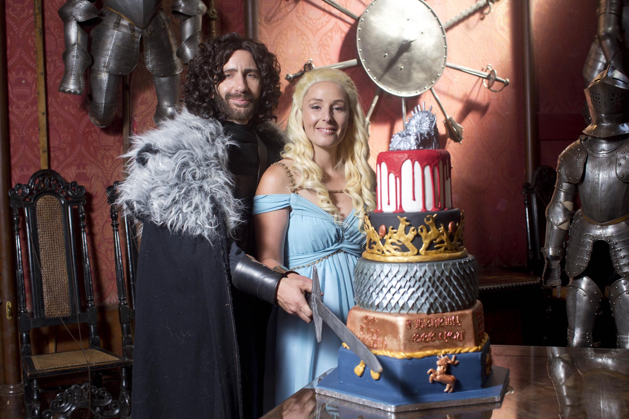 В какой серии игра престолов свадьба дейнерис