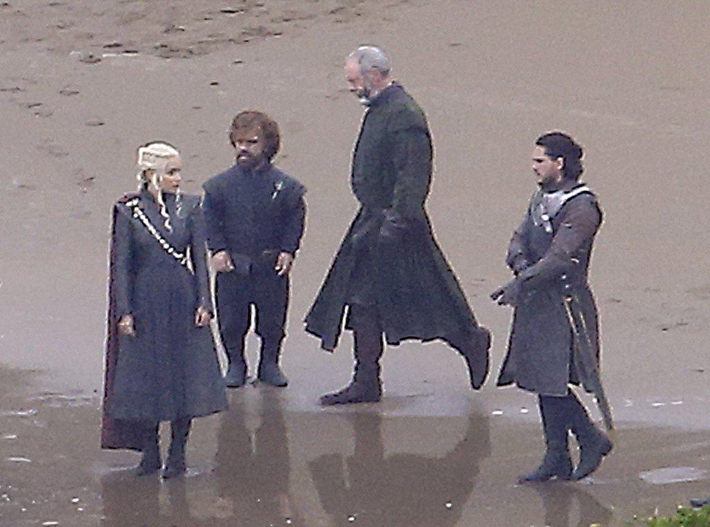 jon-snow-daenerys-targaryen-game-thrones-set-pictures